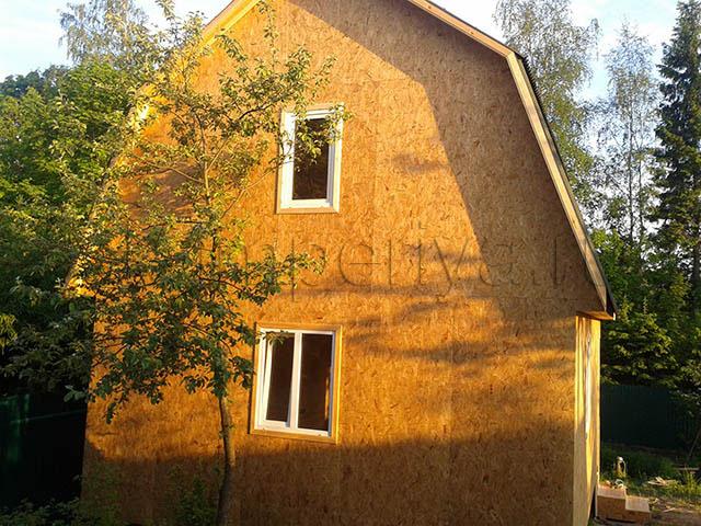 Индивидуальный проект каркасного дома с мансардным этажом (6х8м.)