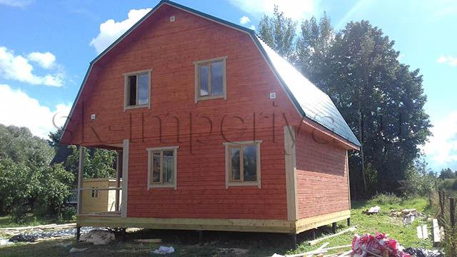 Индивидуальный проект брусового дома с мансардным этажом (8х8м.)